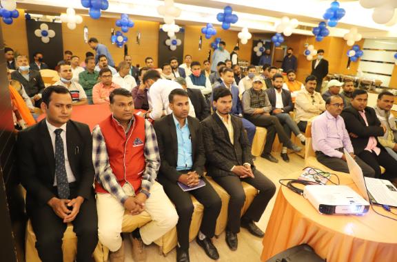 Leaders Meet pic 2